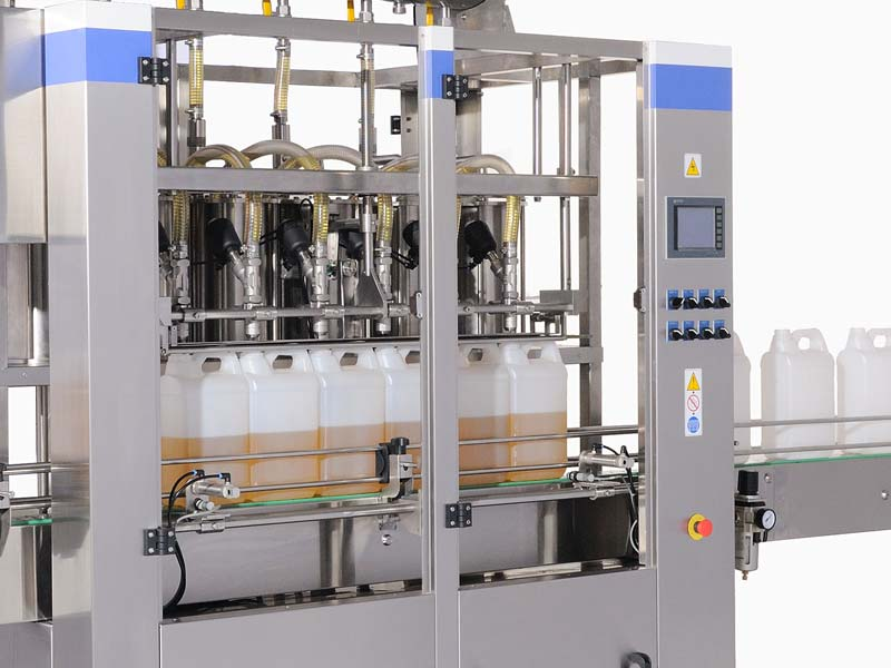 A flexible packaging machine with accuracy and easy-operating system