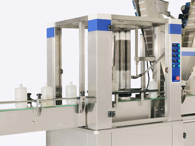 A high technology capping machine with precision